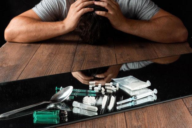 man-reaches-drugs-fight-against-drug-addiction_99433-1724